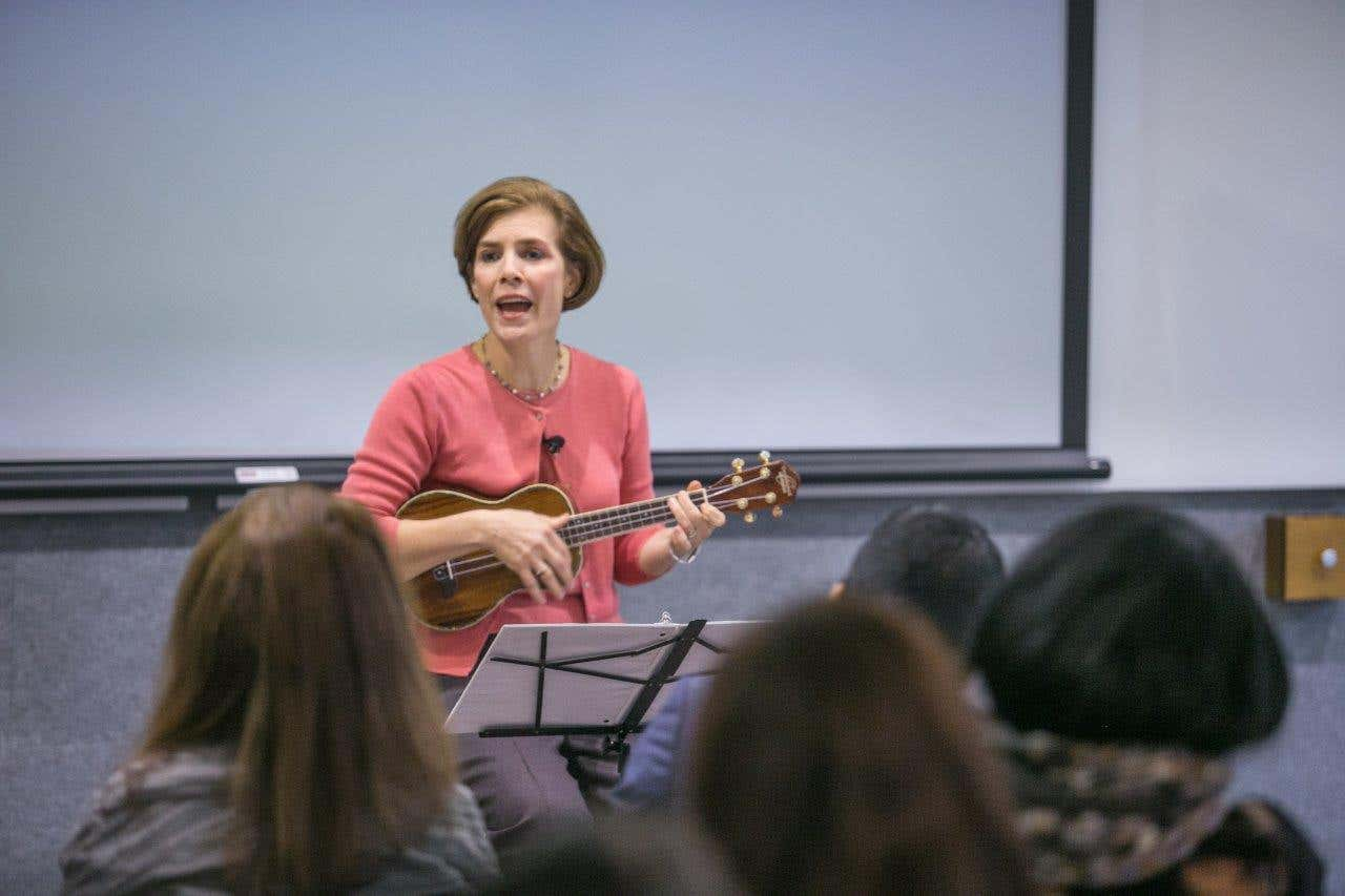 Learn the Ukulele: for fun and friendship!