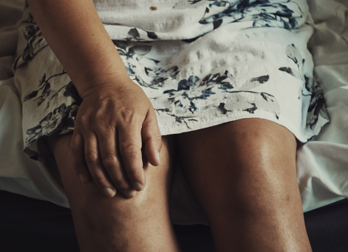 Knee pain causes and exercises