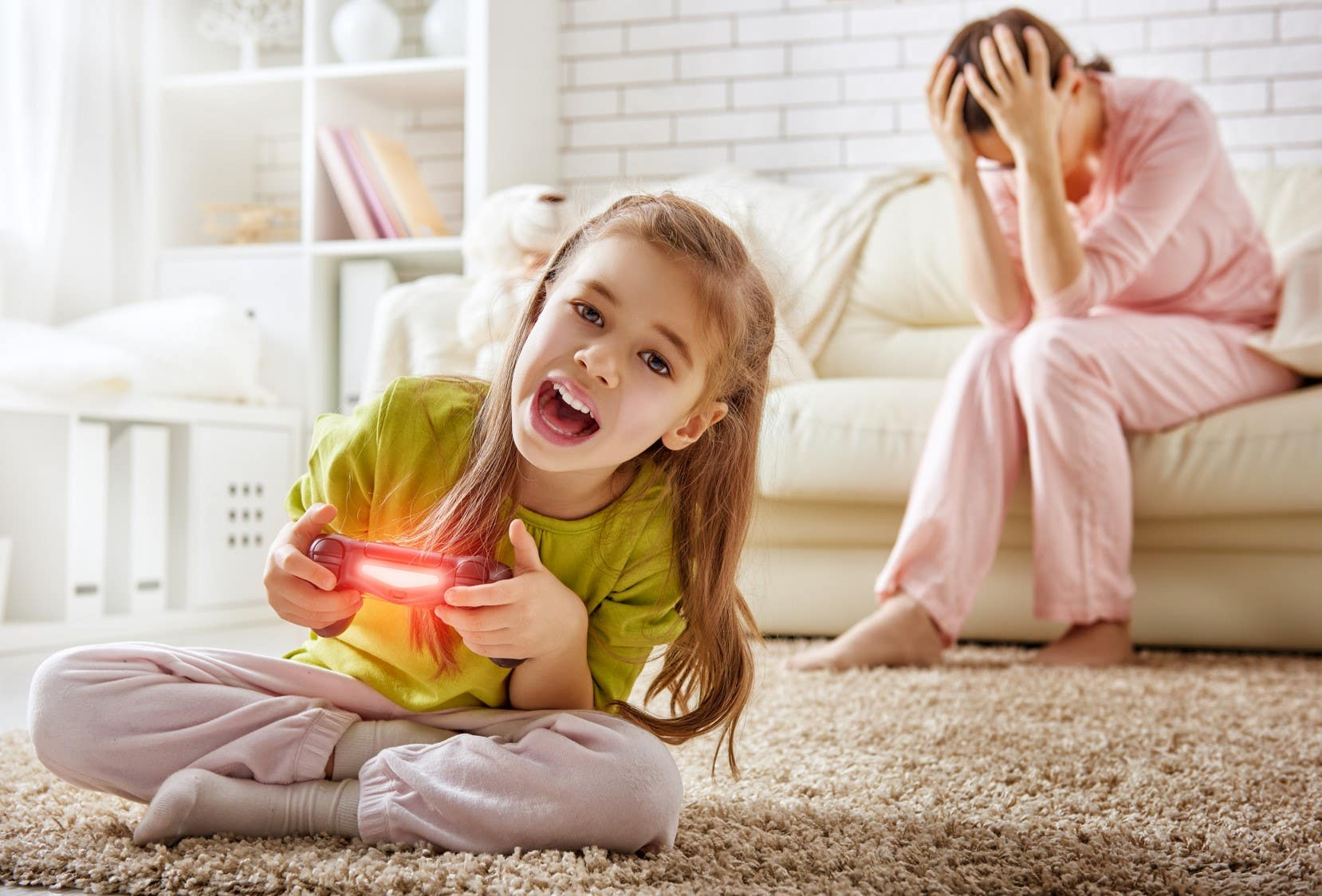 Mother troubled over her daughter's playing a video game