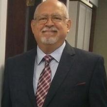 Dr. Carlos  Velázquez García